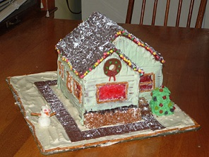 0123akcs-gingerbread-house2